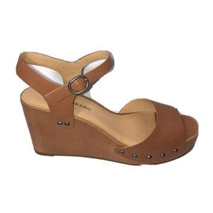 NIB Lucky Brand Zashti Latte wedge sandals 7.5M